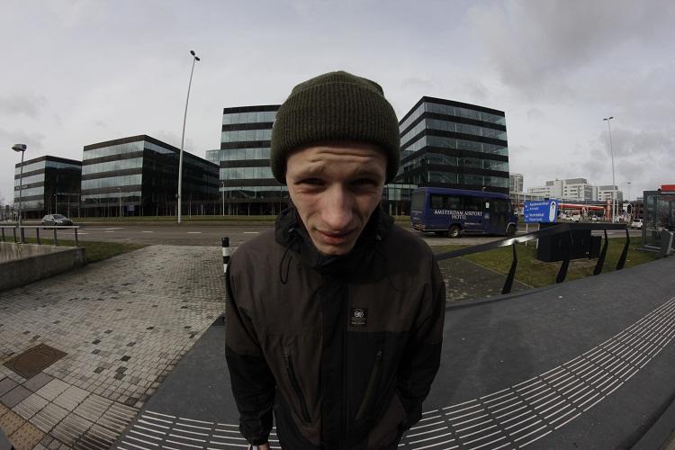 Митя Типикин в Schiphol, NL